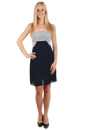 Krátké šaty s průstřihy