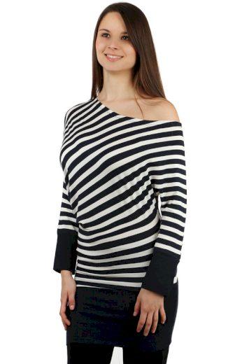 Dlouhé tričko s asymetrickým střihem