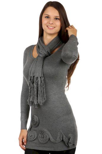 Módní svetr s aplikací a šálkou