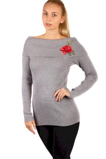 Žebrovaný svetr s výšivkou