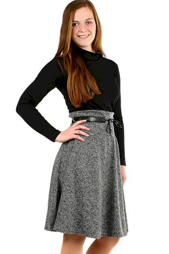 Podzimní dámská áčková sukně ke kolenům