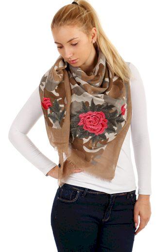 Vzorovaný šátek s růžemi
