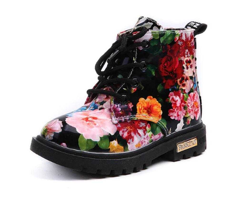 Dívčí kotníkové boty s květinami FashionEU