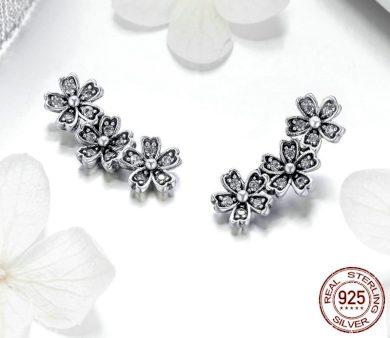 Stříbrné peckové Náušnice tři krásné květiny s kamínky zirkony