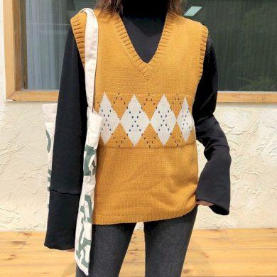Dámská pletená vesta FashionEU