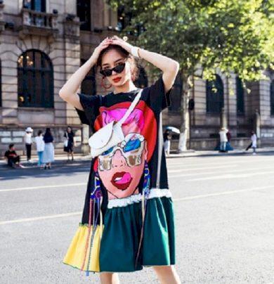 Tričkové šaty s potiskem FashionEU