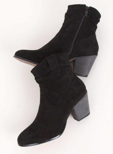 Černé kozačky na vysokém podpatku 100-986B0-2