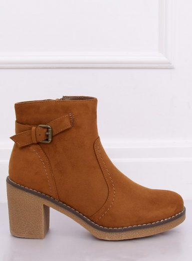 Kotníkové boty na podpatku 8B855