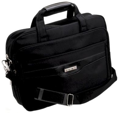 Prostorná 15palcová sportovní taška na notebook