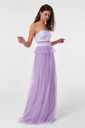 Dlouhé plesové šaty společenské fialové šaty s odhalenými rameny a zády