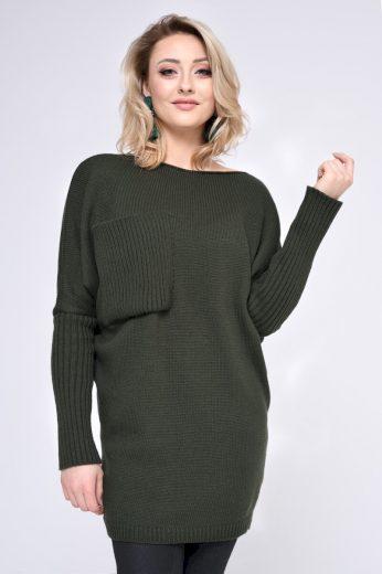 Dlouhý svetr zelený s velkou kapsou na hrudi, volný střih