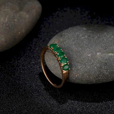 Zásnubní dámský prsten se smaragdy