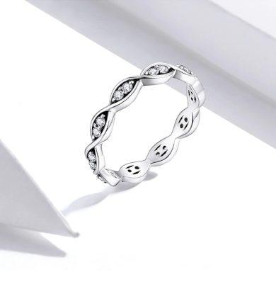 Zvlněný třpytivý prsten z pravého stříbra