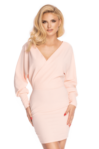 Elegantní obálkové šaty s výstřihem a dlouhými nafouklými rukávy