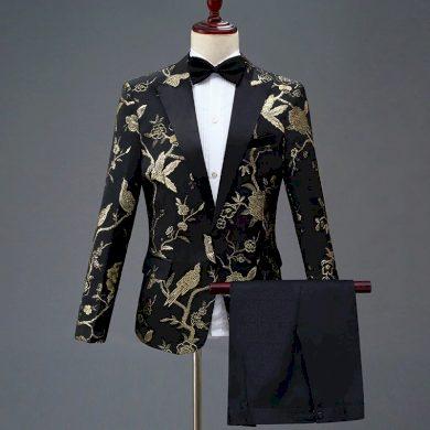 Svatební pánský oblek s květinovou výšivkou vzorované sako