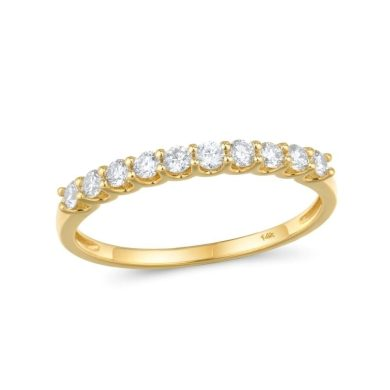 Zlatý zásnubní prsten s diamanty v minimalistickém stylu