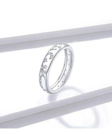 Originalní stříbrný prsten s třpytivymi vzory hvězdné nebo