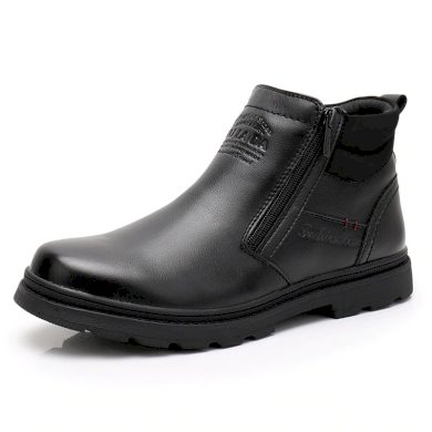 Kotníkové zimní boty pro pány na zip černé barvy