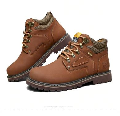 Masivní boty pro pány na zimu hnědé barvy