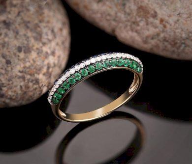 Dámský prsten s barevnými drahokamy ze žlutého zlata