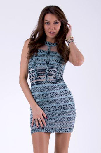Síťované dámské šaty mini s geometrickými vzory