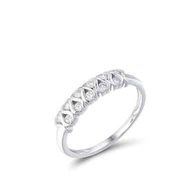 Vzorovaný prsten z bílého zlata s lesklými brilianty