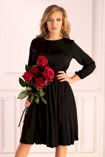 Řasené midi šaty s 3/4 rukávem a kulatým výstřihem