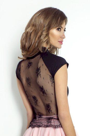 Elegantní halenka s krajkou na zádech
