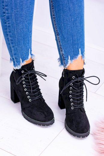Lu Boo Černé boty na baru Harley