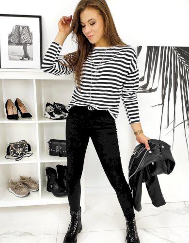 Klasické dámské džíny černé barvy s vyšším pasem