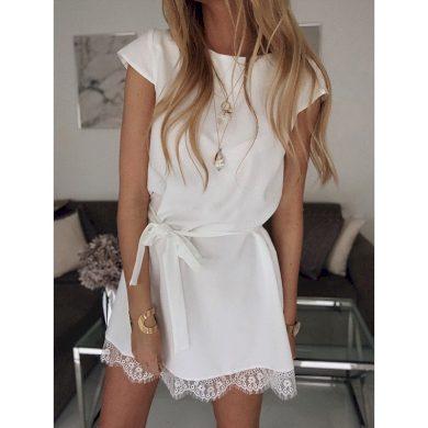 Mini šaty s krajkou FashionEU