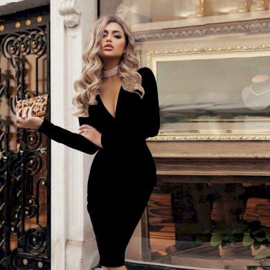 Pouzdrové šaty s výstřihem FashionEU