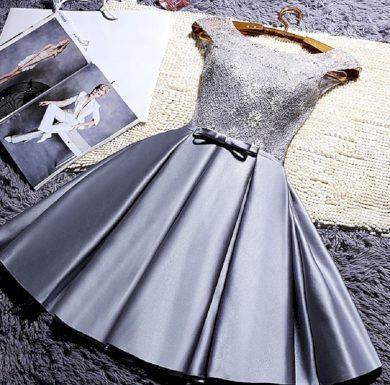 Plesové šaty krátké FashionEU