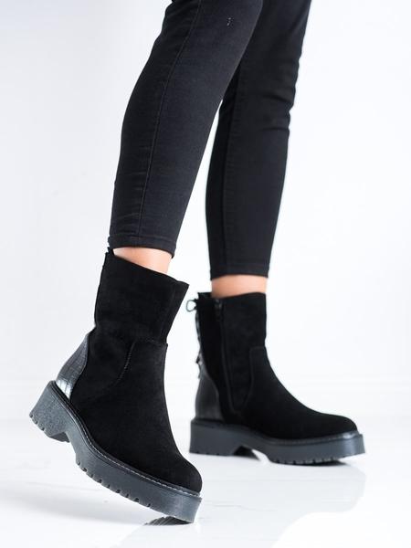J. STAR Výborné dámské  kotníčkové boty černé na plochém podpatku velikost 36