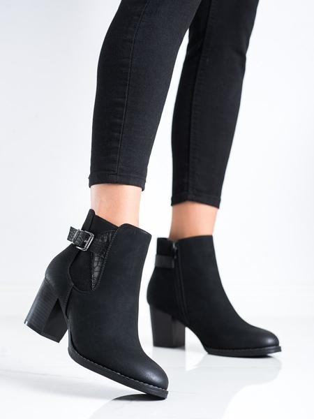 J. STAR Klasické dámské černé  kotníčkové boty na širokém podpatku velikost 37