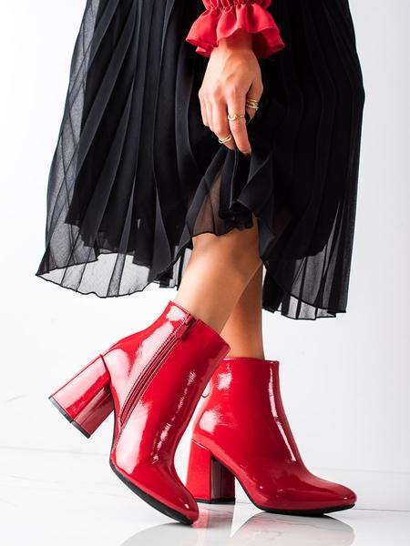 LUCKY SHOES Originální červené  kotníčkové boty dámské na širokém podpatku velikost 36