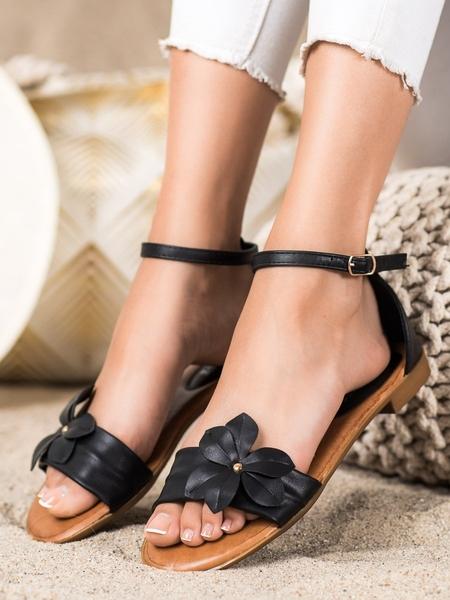 DIAMANTIQUE Zajímavé černé  sandály dámské na plochém podpatku velikost 36