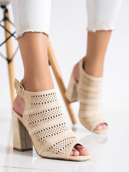 RENDA Stylové dámské  sandály hnědé na širokém podpatku velikost 36