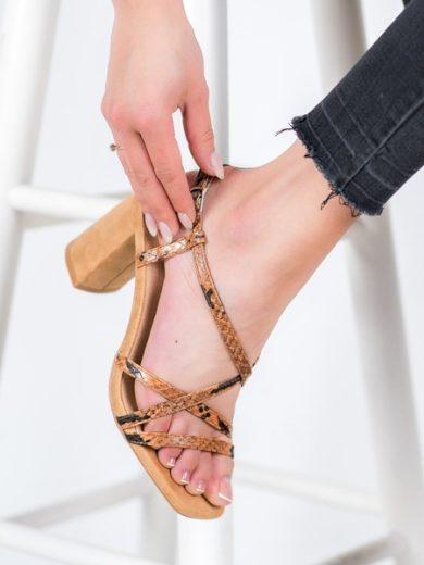 KYLIE Luxusní dámské hnědé  sandály na širokém podpatku velikost 35