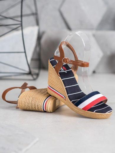 YES MILE Moderní vícebarevné dámské  sandály na klínku velikost 38