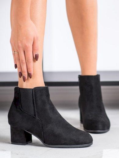 CLOWSE Trendy černé dámské  kotníčkové boty na širokém podpatku velikost 37