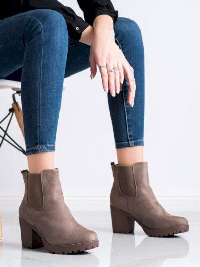 QUEENTINA Praktické dámské  kotníčkové boty hnědé na širokém podpatku velikost 36