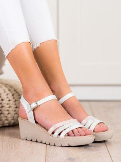 KYLIE Trendy dámské šedo-stříbrné  sandály na klínku velikost 38
