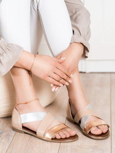 EVENTO Klasické hnědé dámské  sandály bez podpatku velikost 36