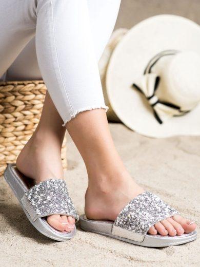 SMALL SWAN Pohodlné šedo-stříbrné dámské  nazouváky bez podpatku velikost 36