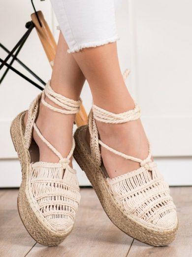 SMALL SWAN Krásné dámské hnědé  sandály bez podpatku velikost 37