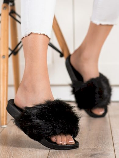 EVENTO Pěkné dámské černé  nazouváky bez podpatku velikost 36