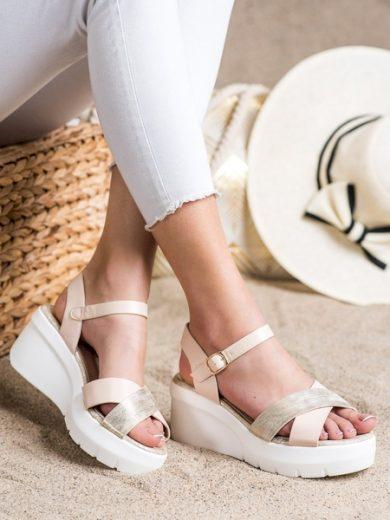 SMALL SWAN Trendy  sandály hnědé dámské na klínku velikost 38
