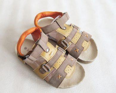 Chlapecké sandály hnědé Orchestra