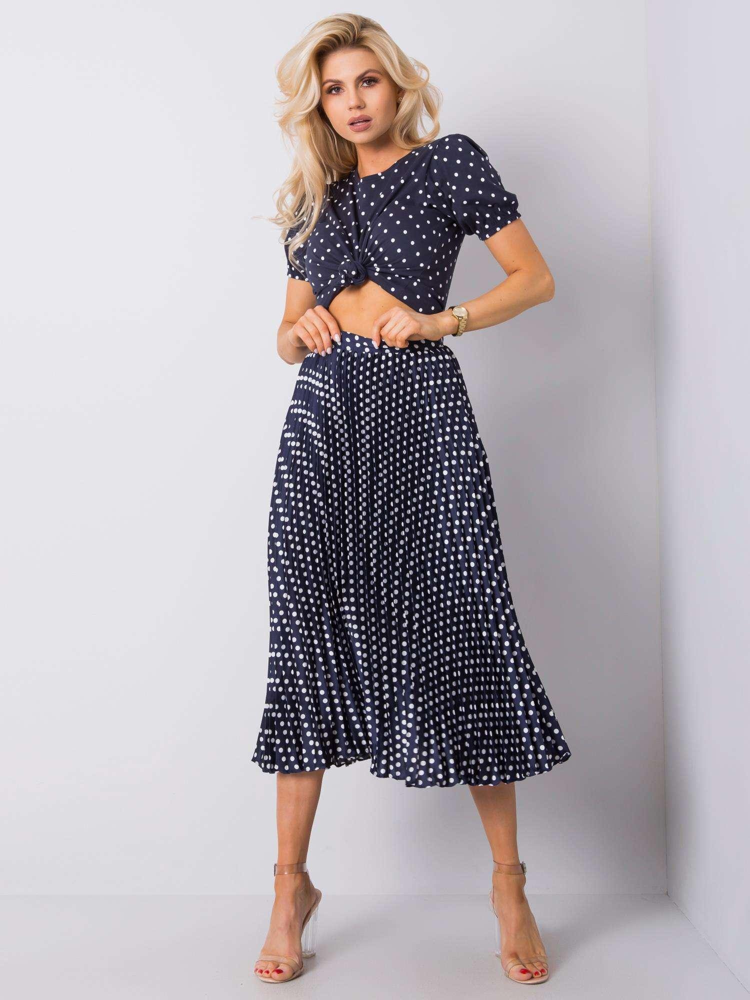 Tmavě modrá plisovaná sukně s puntíky D50041Y50192-blue Velikost: S